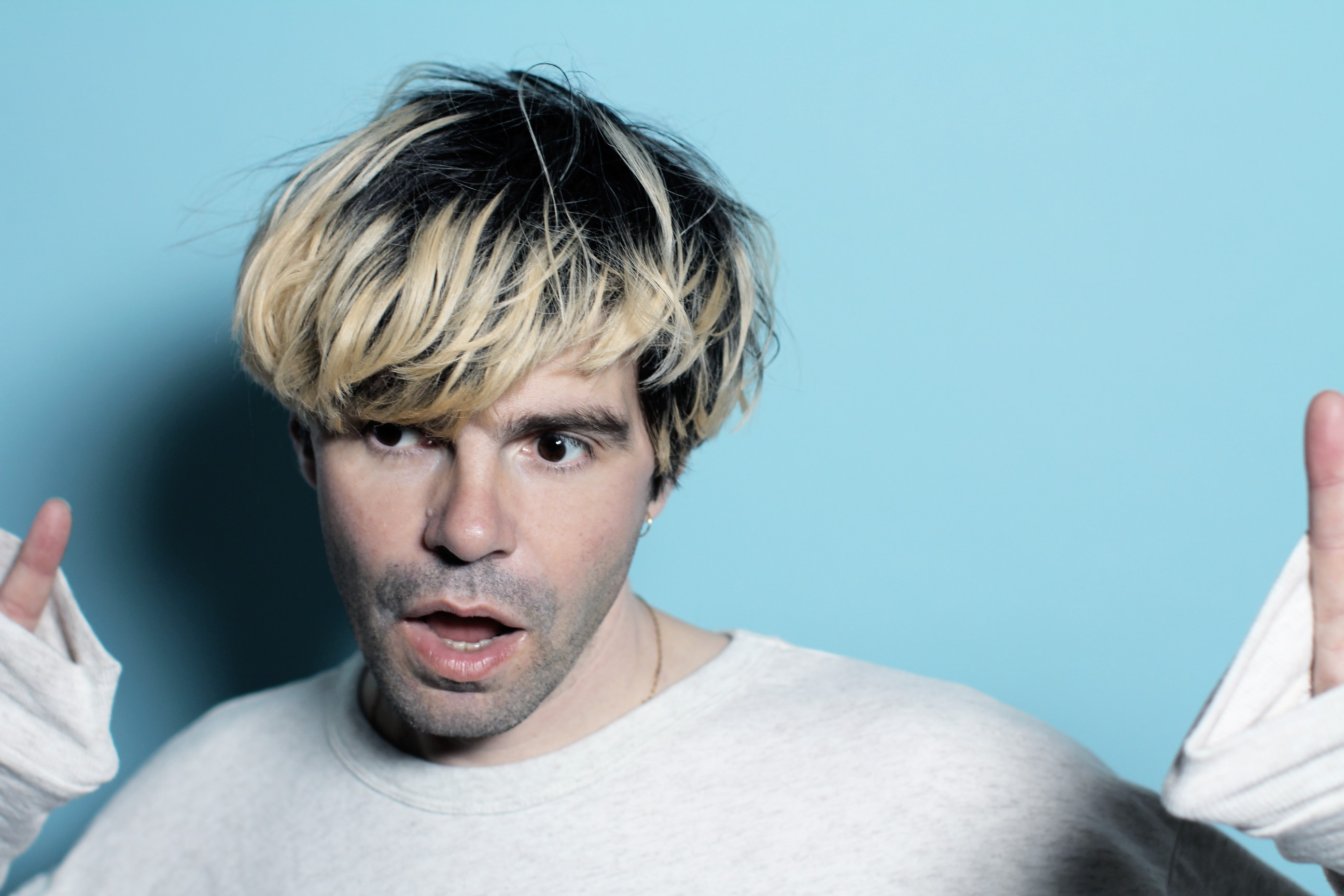 Tim Burgess - WebPhoto - 2._tim_burgess